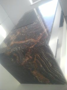 blaty z kamienia fussion black